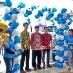 Coo PT Sitcomtara, Kit Kim saat peresmian MySamsung Service Centre di Plaza Medan Fair