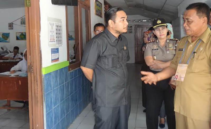 DPRD Medan Minta Tangkap Pengedar Kunci Jawaban ujian nasional UN - berita medan hari ini - tobasatu news