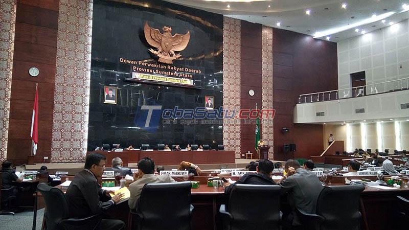 Suasana Rapat Paripurna di Gedung DPRD Sumatera Utara