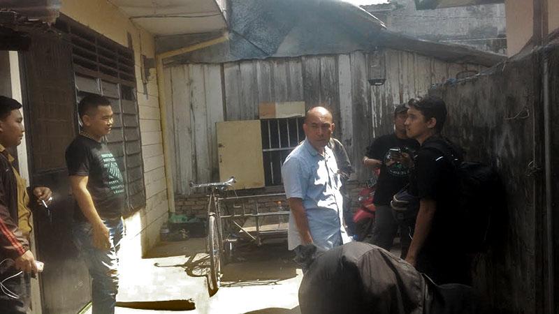 Polrestabes medan melakukan penggerebekan Jalan Pembangunan, Polisi Dilempari dan Hanya Temukan Plastik Sabu