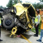 Dihantam Bus Medan Jaya, Sopir Truk Colt Diesel Tewas