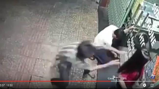 Video perampokan yang terjadi di Jalan Wahidin, Medan. (instagram info.hits)