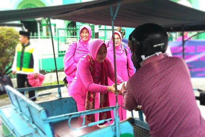 Peduli Sesama, Bhayangkari Polres Asahan Gelar Anjangsana